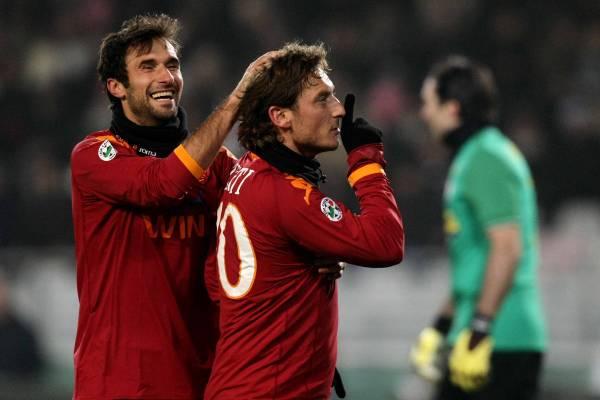 Juventus Turin 1-2 AS Roma ( 21ème journée ) - Page 11 0910juventusroma_05